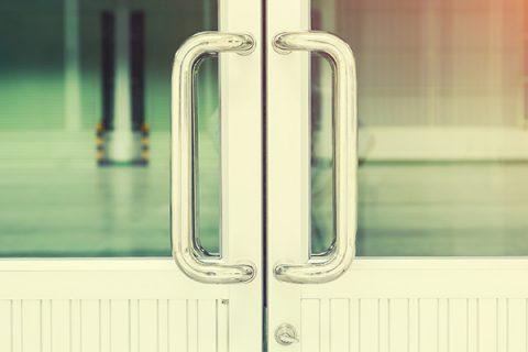 Metal forming handle design flaws blog image